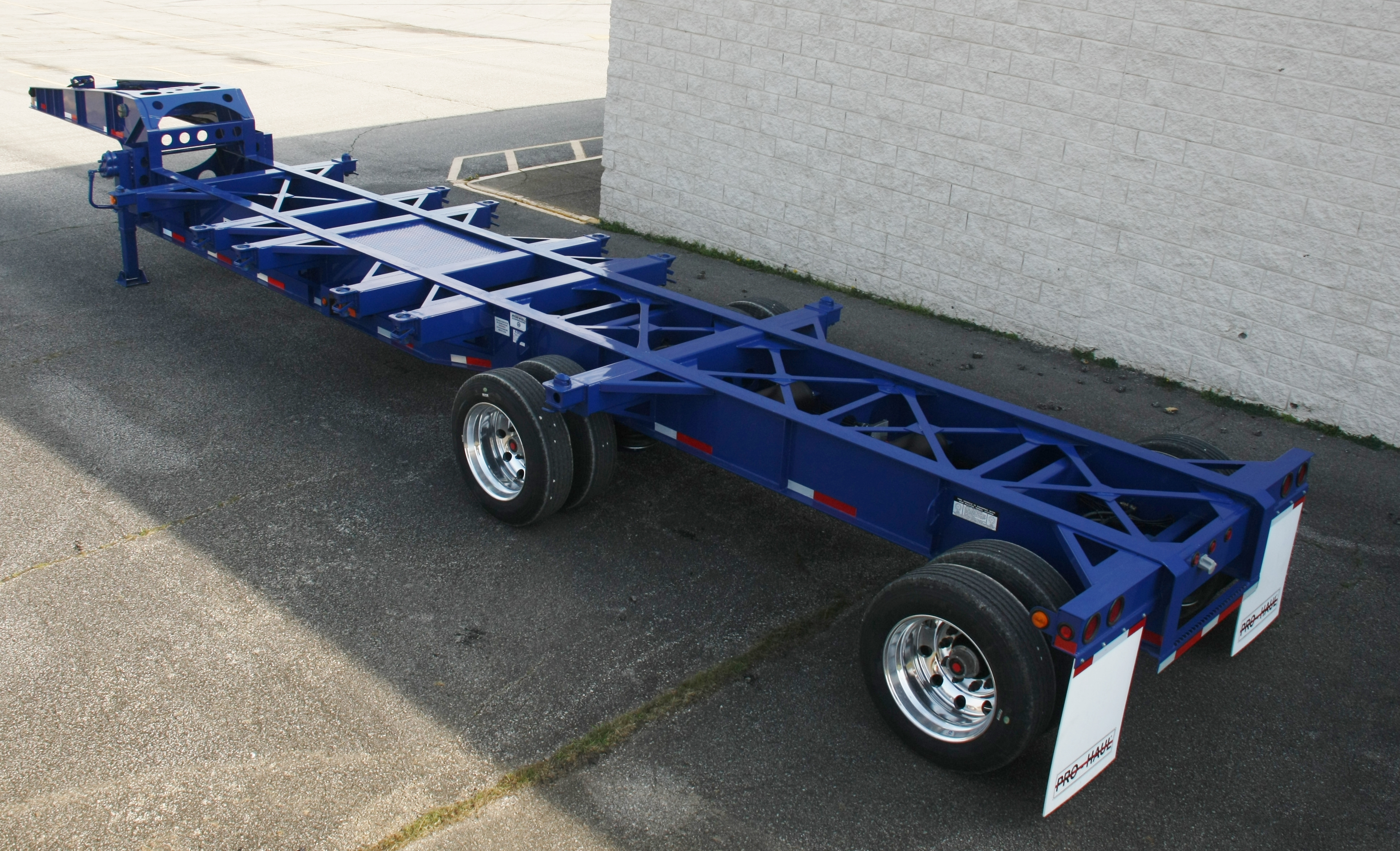 Widespread Axle 43' Sand Chassis